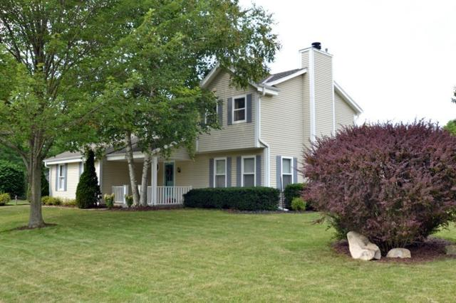 W236N6167 Pine Ter, Sussex, WI 53089 (#1601067) :: Vesta Real Estate Advisors LLC