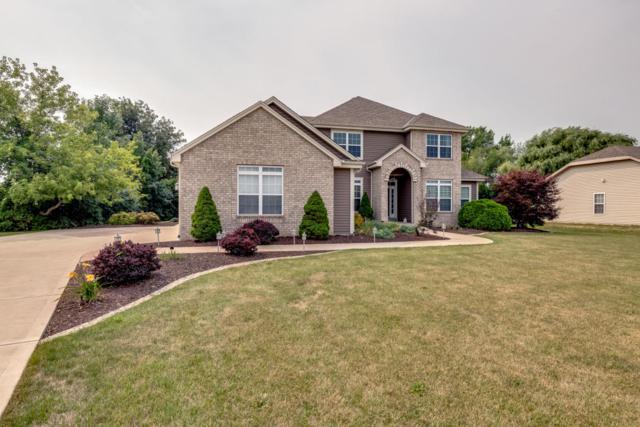 9771 S Bluegrass Pl, Oak Creek, WI 53154 (#1601240) :: Vesta Real Estate Advisors LLC