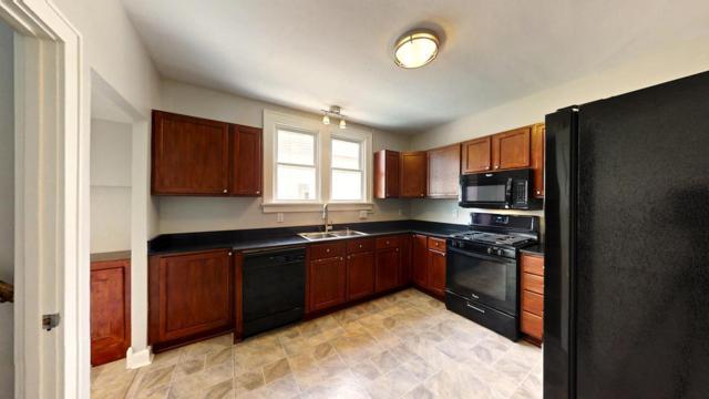 6422 North Ave, Wauwatosa, WI 53213 (#1601251) :: Vesta Real Estate Advisors LLC