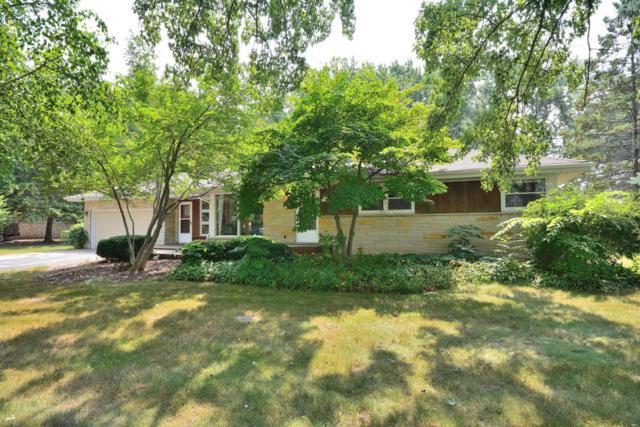 N70W13269 Brentwood Dr, Menomonee Falls, WI 53051 (#1601404) :: Vesta Real Estate Advisors LLC