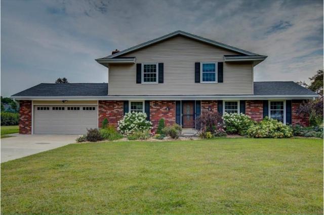 W270N850 Joanne Dr, Pewaukee, WI 53188 (#1601478) :: Vesta Real Estate Advisors LLC