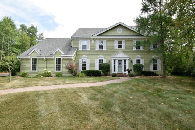 10618 N Riverlake Ct, Mequon, WI 53092 (#1601494) :: Vesta Real Estate Advisors LLC