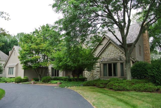 1975 Derrin Ln, Brookfield, WI 53045 (#1601517) :: Vesta Real Estate Advisors LLC
