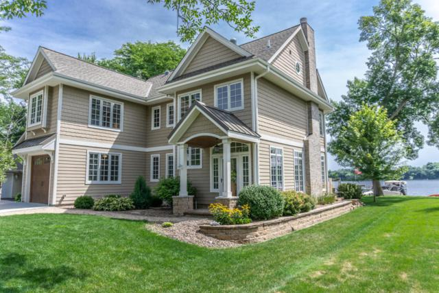 W322N7320 Reddelien Rd, Merton, WI 53029 (#1601551) :: Vesta Real Estate Advisors LLC