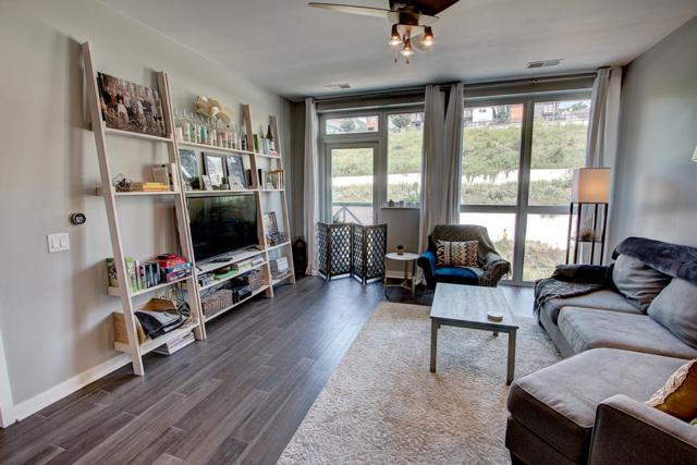 1902 N Commerce St #302, Milwaukee, WI 53212 (#1601585) :: Vesta Real Estate Advisors LLC