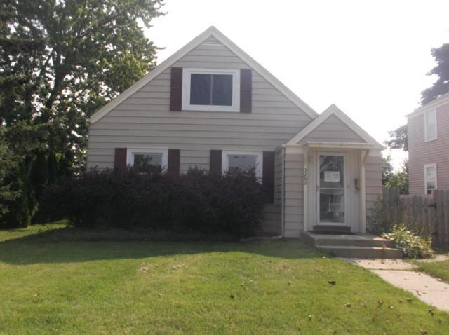 3202 S 21st St, Milwaukee, WI 53215 (#1601626) :: Vesta Real Estate Advisors LLC