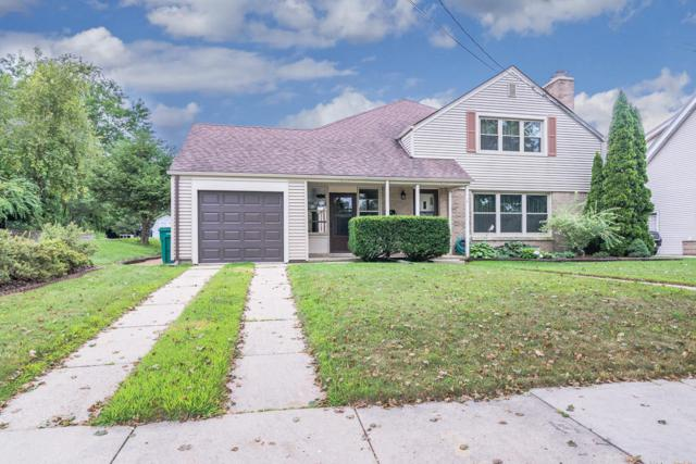2133 Tripoli Ave, St. Francis, WI 53235 (#1601637) :: Vesta Real Estate Advisors LLC