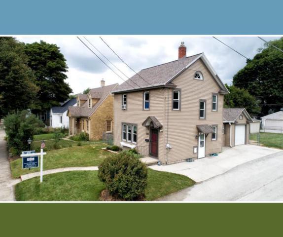 114 Frame Ave, Waukesha, WI 53186 (#1601640) :: Vesta Real Estate Advisors LLC