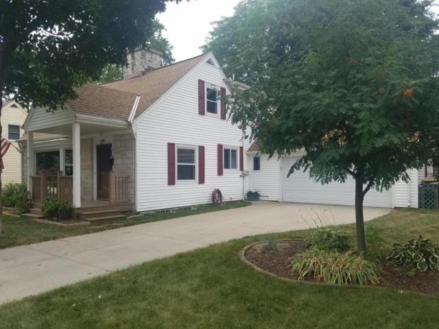 970 Lincoln Dr E, West Bend, WI 53095 (#1601709) :: Tom Didier Real Estate Team