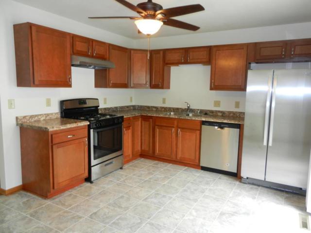 2622 S Fulton St, Milwaukee, WI 53207 (#1601713) :: Tom Didier Real Estate Team