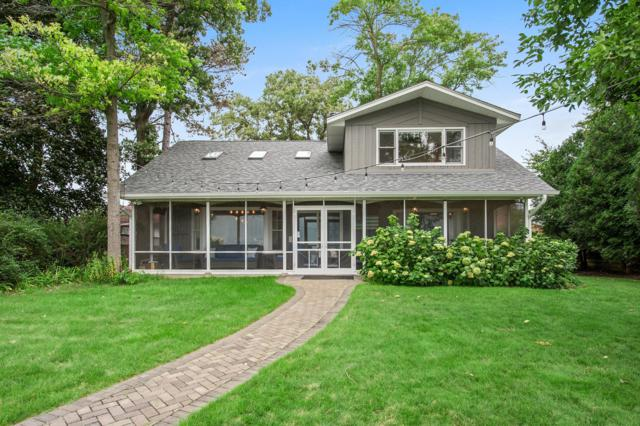 271 W Park Dr, Twin Lakes, WI 53181 (#1603662) :: Tom Didier Real Estate Team