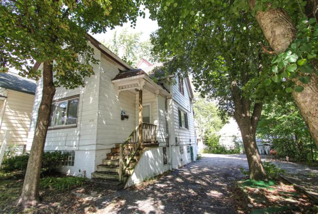 2476 S Wentworth Ave, Milwaukee, WI 53207 (#1604214) :: Tom Didier Real Estate Team