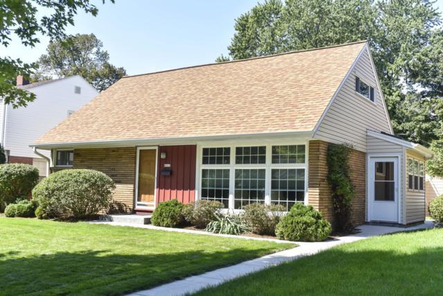 4263 N Olsen Ave, Shorewood, WI 53211 (#1605233) :: Vesta Real Estate Advisors LLC