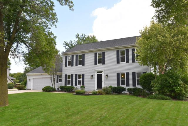 9227 W Stanford Ct, Mequon, WI 53097 (#1605389) :: Tom Didier Real Estate Team