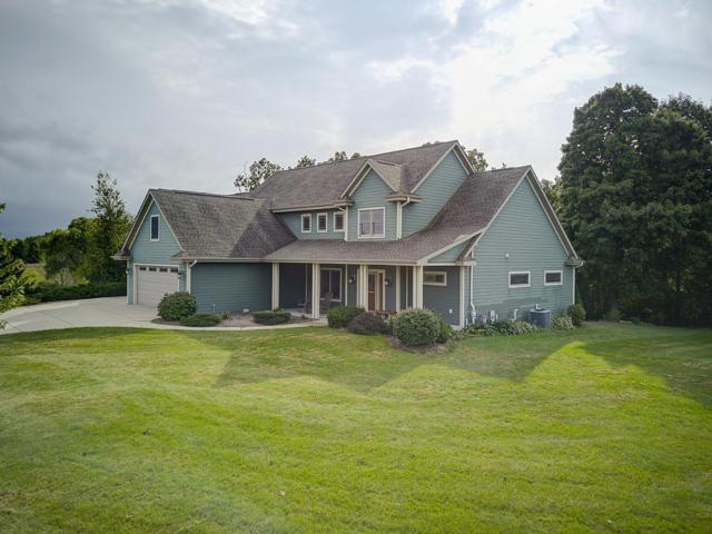 3271 Bay Hill Rd, Port Washington, WI 53074 (#1606675) :: Tom Didier Real Estate Team