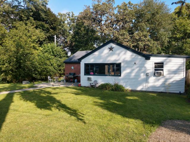 W170 Tombeau Blvd, Bloomfield, WI 53128 (#1607998) :: Tom Didier Real Estate Team