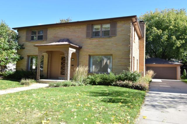 4654 N Ardmore Ave, Whitefish Bay, WI 53211 (#1608919) :: Tom Didier Real Estate Team