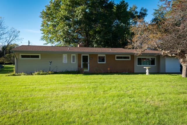 835 W Laramie Ln, Bayside, WI 53217 (#1609085) :: Tom Didier Real Estate Team