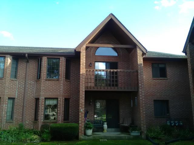 N58W23833 Hastings Ct #803, Sussex, WI 53089 (#1609317) :: Vesta Real Estate Advisors LLC