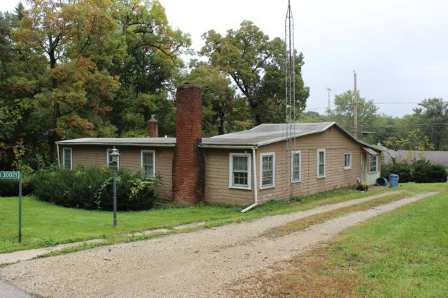 30021 Circle Dr, Burlington, WI 53105 (#1609483) :: Tom Didier Real Estate Team