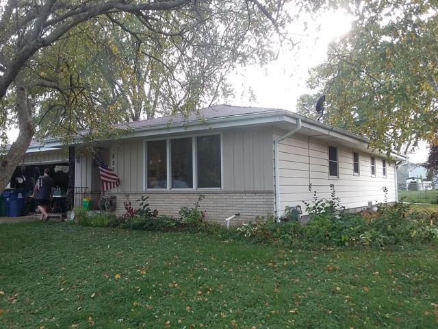 8251 S Verdev Dr, Oak Creek, WI 53154 (#1609927) :: Vesta Real Estate Advisors LLC