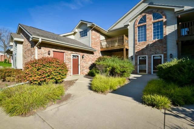 628 Hillcrest Rd B, Saukville, WI 53080 (#1609971) :: Tom Didier Real Estate Team