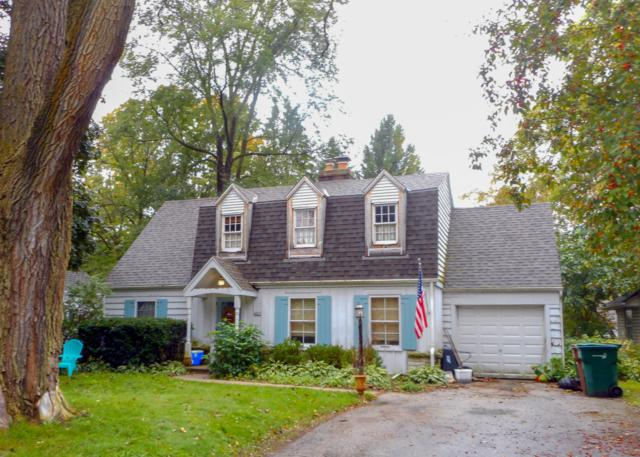 6625 N Elm Tree Rd, Glendale, WI 53217 (#1610057) :: RE/MAX Service First