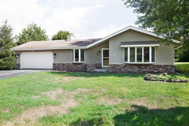 N5W31557 Huckleberry Way S, Delafield, WI 53018 (#1610067) :: RE/MAX Service First