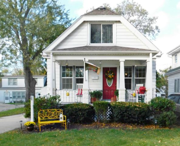 924 W Glendale Ave, Glendale, WI 53209 (#1610149) :: Vesta Real Estate Advisors LLC