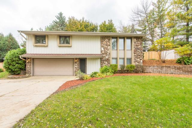 S76W24885 Highland Ct, Vernon, WI 53189 (#1610256) :: Tom Didier Real Estate Team