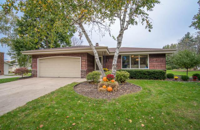 3656 W Southwood Dr, Franklin, WI 53132 (#1610264) :: Vesta Real Estate Advisors LLC