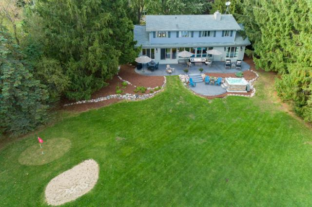 4221 W Le Grande Blvd, Mequon, WI 53092 (#1610341) :: Vesta Real Estate Advisors LLC