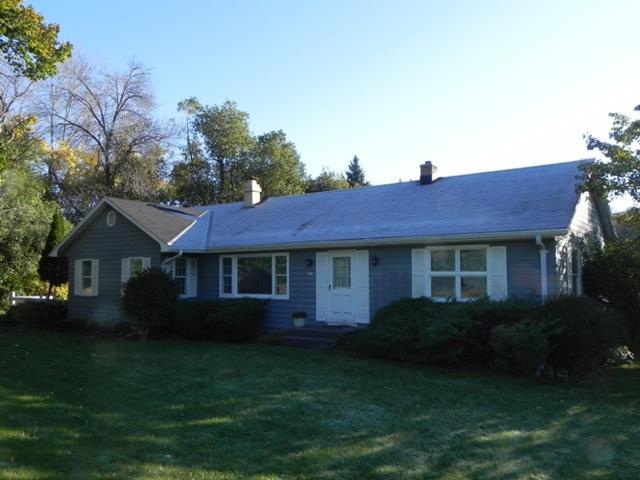 230 N Brookfield Rd, Brookfield, WI 53045 (#1610419) :: RE/MAX Service First