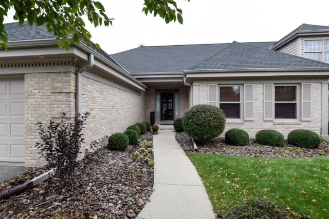 2622 W Lake Vista Ct, Mequon, WI 53092 (#1610687) :: Vesta Real Estate Advisors LLC