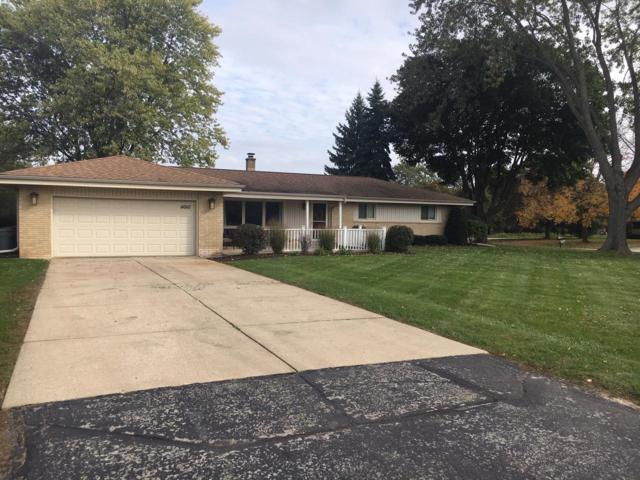 4660 N 135th St, Brookfield, WI 53005 (#1610799) :: RE/MAX Service First