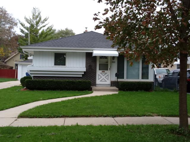 4849 N 86TH ST, Milwaukee, WI 53225 (#1610807) :: RE/MAX Service First