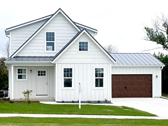 1880 Farm View Dr, Port Washington, WI 53074 (#1610827) :: Tom Didier Real Estate Team