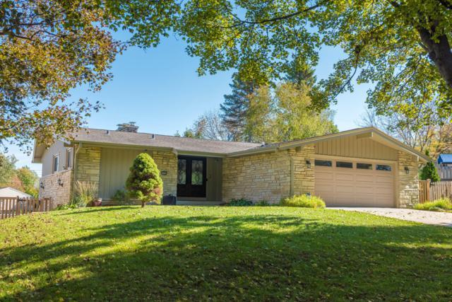 3322 N 105th St, Wauwatosa, WI 53222 (#1610835) :: Vesta Real Estate Advisors LLC