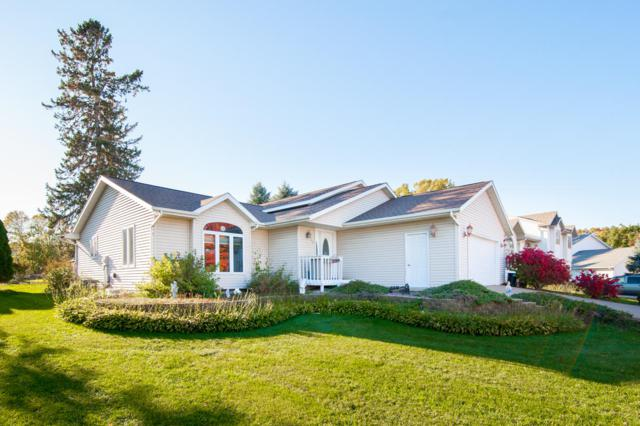 960 11th Ave S, Onalaska, WI 54650 (#1610847) :: RE/MAX Service First
