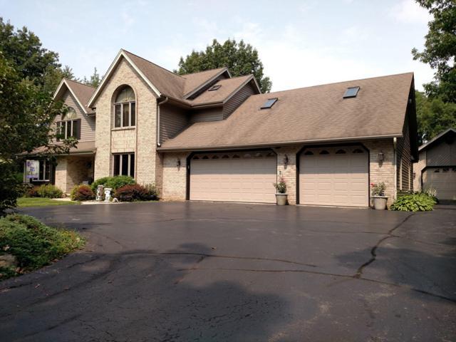 1400 E Puetz Rd, Oak Creek, WI 53154 (#1610981) :: Vesta Real Estate Advisors LLC