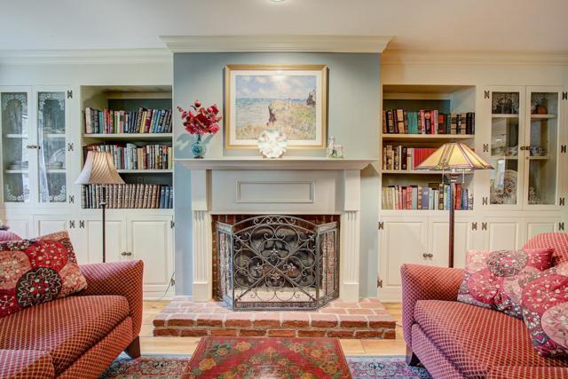 4065 Stonewood Ct, Brookfield, WI 53045 (#1611087) :: Vesta Real Estate Advisors LLC