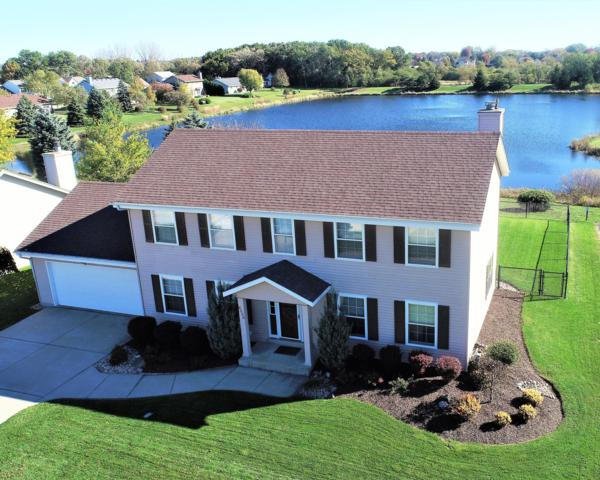 8550 S Golden Lake Way, Franklin, WI 53132 (#1611117) :: Vesta Real Estate Advisors LLC