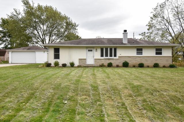 1415 W Violet Dr, Oak Creek, WI 53154 (#1611121) :: Vesta Real Estate Advisors LLC