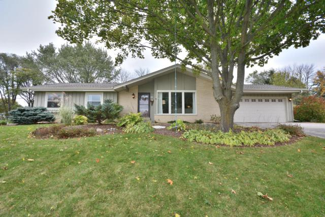 4580 Coral Dr, Brookfield, WI 53045 (#1611184) :: Tom Didier Real Estate Team