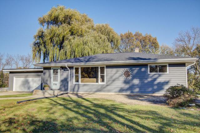 770 Maple Ridge Ln, Brookfield, WI 53045 (#1611202) :: Vesta Real Estate Advisors LLC