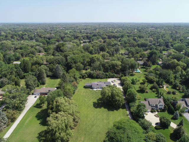 10934 N River Rd, Mequon, WI 53092 (#1611217) :: Tom Didier Real Estate Team