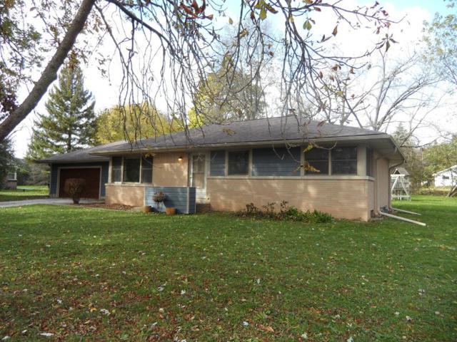 W161N5021 Hickory Tree Ln, Menomonee Falls, WI 53051 (#1611317) :: Vesta Real Estate Advisors LLC
