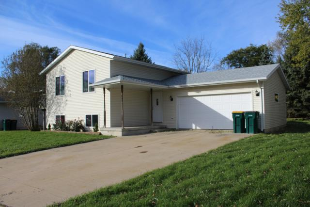 490 N Jackson St, Elkhorn, WI 53121 (#1611441) :: Vesta Real Estate Advisors LLC