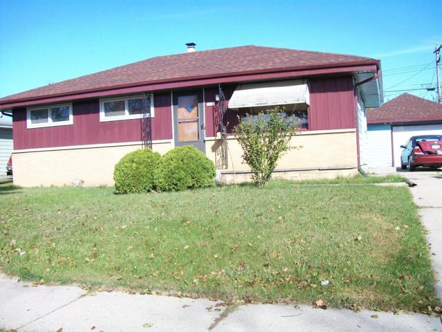 7826 W Winfield Ave, Milwaukee, WI 53218 (#1611575) :: Vesta Real Estate Advisors LLC