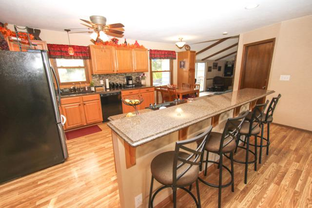 N99W16981 Chick A Dee Ct, Germantown, WI 53022 (#1611606) :: Vesta Real Estate Advisors LLC